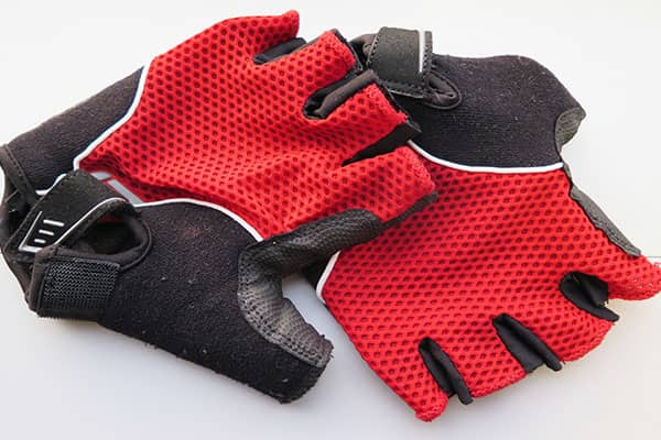 Bicycle riding gloves