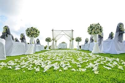 White wedding ceremony